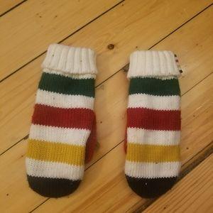 Hudson's Bay mittens (large)